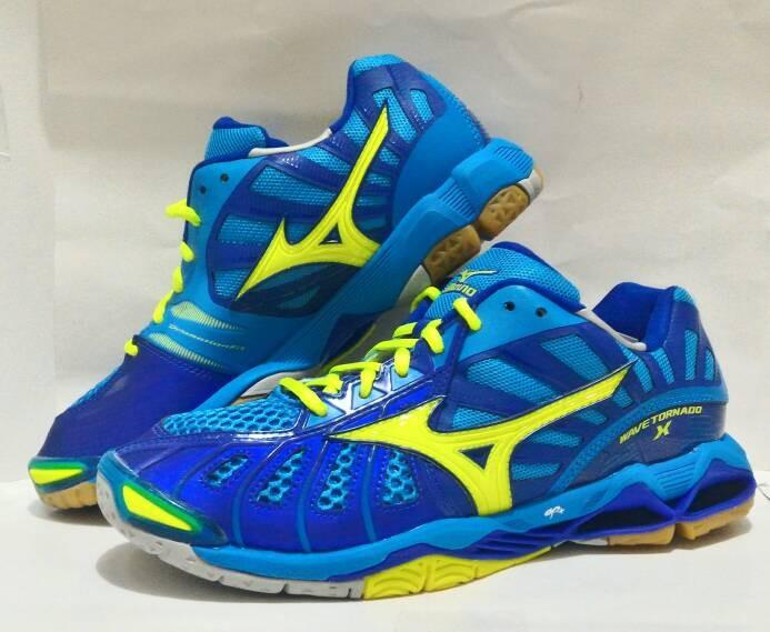 Jual Sepatu Olahraga Volly Mizuno Wave Tornado X Low Sepatu Voli ... 0358ade271