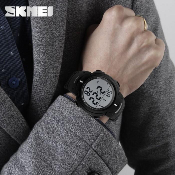 Jam Tangan Digital LED Pria Cowok Men Sport Watch SKMEI DG-1068
