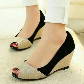 harga Wedges / sepatu kerja pesta glitter electric black Tokopedia.com