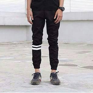 Jogger pants with strip / celana joger hitam strip ukuran jumbo besar