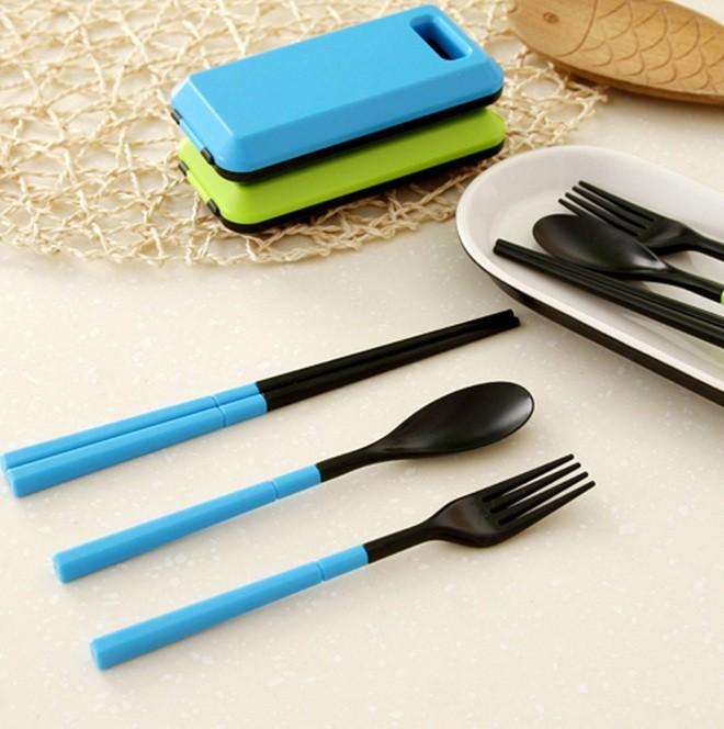 Sendok Peralatan Alat Makan Garpu Lipat Sumpit Set Box Portable Travel
