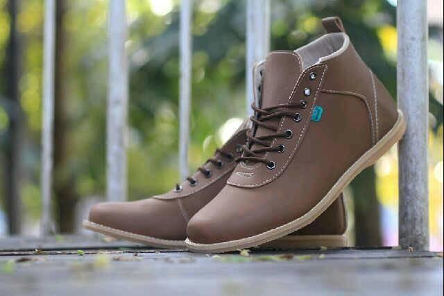 Sepatu pria santai formal casual kickers orlando grade original harga ... 9334c890b9