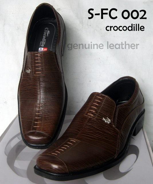 Jual Sepatu Pantofel Pria Crocodile Kulit Asli Murah Branded Coklat ... 586eb5cb56