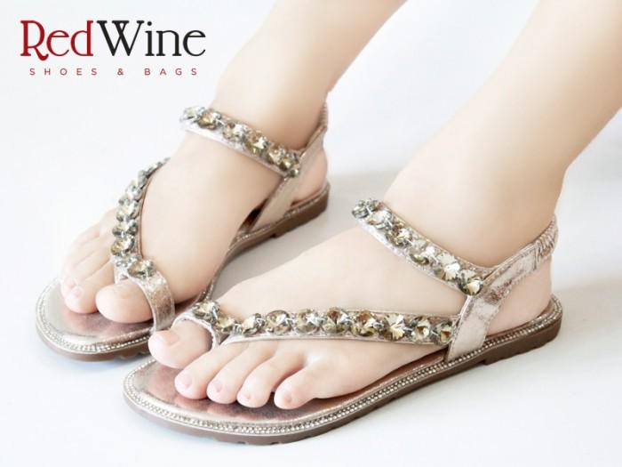 harga Sandal sepatu flat shoes jepit wanita redwine e221-2 high qlty Tokopedia.com