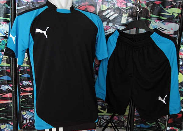 Setelan Kaos Puma Evo Hitam Biru  kostum futsal   bola  olahraga 7265ade42b