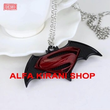 harga Kalung batman v superman unik /the dark knight v man of steel necklace Tokopedia.com