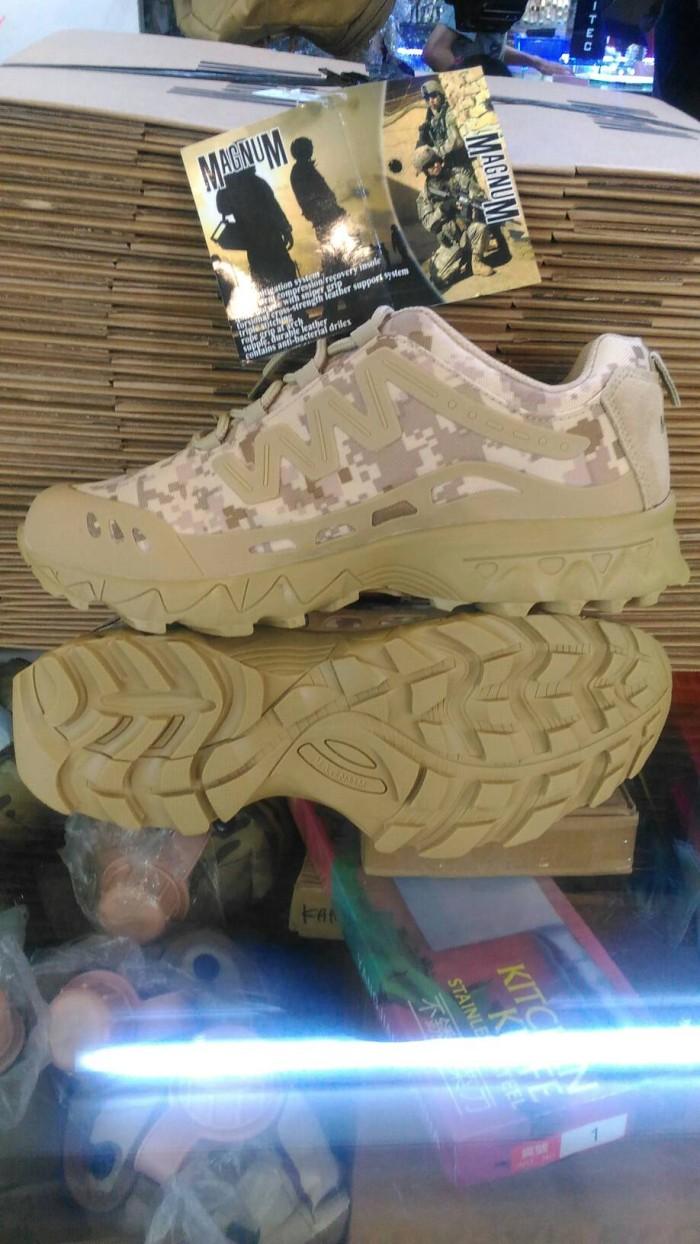 harga Sepatu boots magnum sket import desert (loreng2) Tokopedia.com