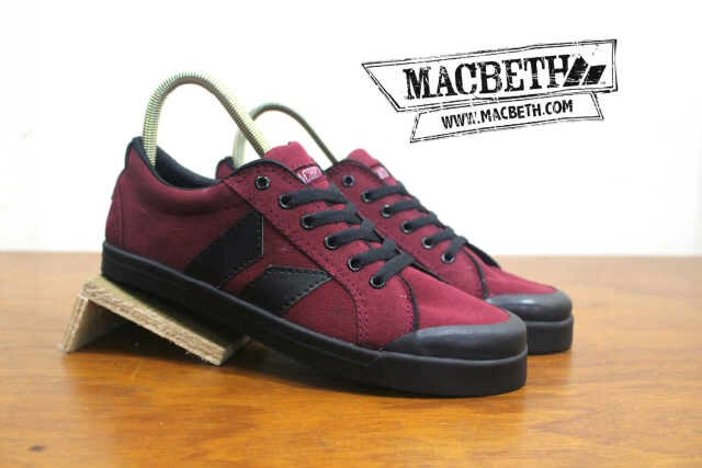harga Promo sepatu macbeth eliot maroon black Tokopedia.com