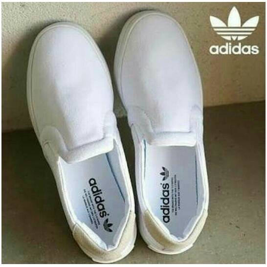 Jual Adidas Court Vantage - Jakarta