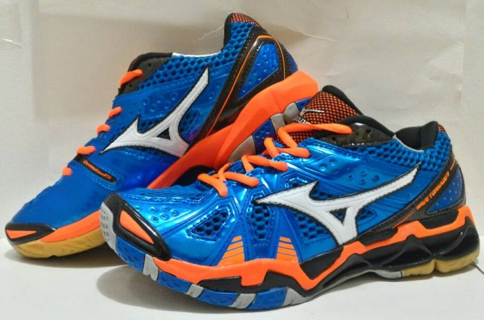 Jual Sepatu Voli Mizuno Wave Tornado 9 Low Replika - orgin sport ... f7758c4be0