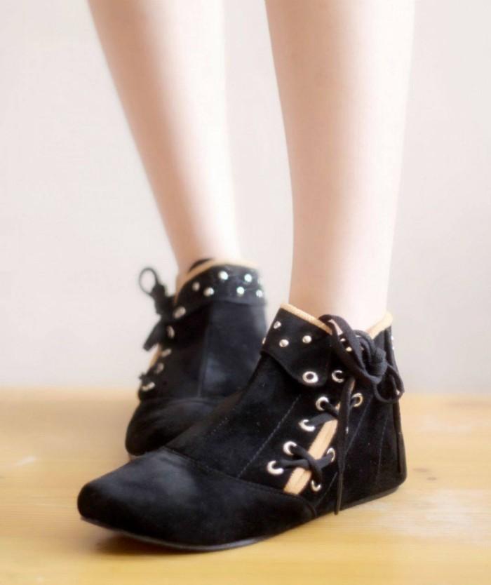 Katalog Sepatu Boot Wanita Travelbon.com