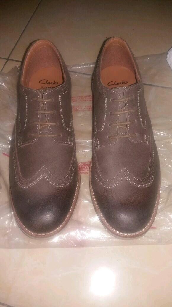 Jual sepatu clarks original cek harga di PriceArea.com f4418f3ed8