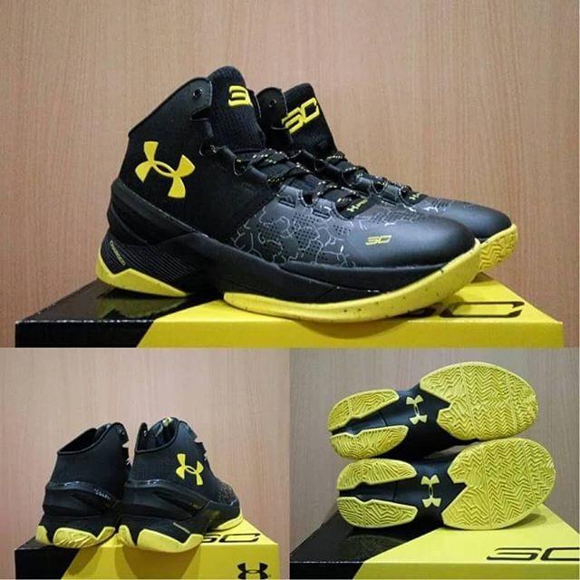 0cf04085c6d0 Jual sepatu basket under armour curry 2 black night - Pivot Store ...