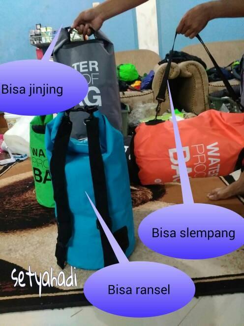 harga Dry bag 30lt bisa slempang ransel dan jinjing Tokopedia.com