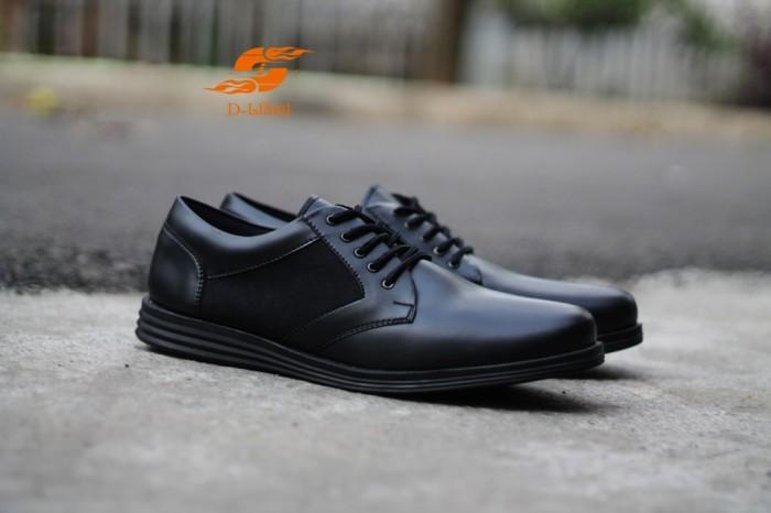 Foto Produk D-Island Shoes Formal Comfort Eagle Leather Black dari D-island Shoes