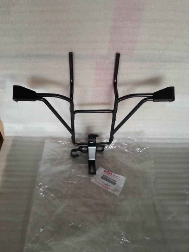 Foto Produk BREKET LAMPU DEPAN SATRIA FU TH 2009-2012  51850B25G20N000 ORIGINAL dari Ape-Motor
