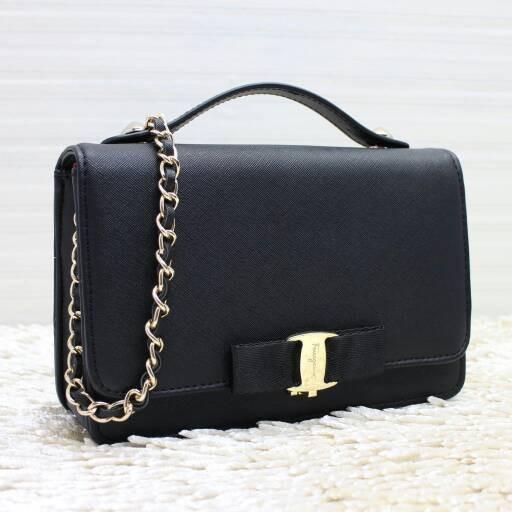 a8859e1c38 Jual SALE! Salvatore Ferragamo Miss Vara Bow Clip Crossbody Bag ...