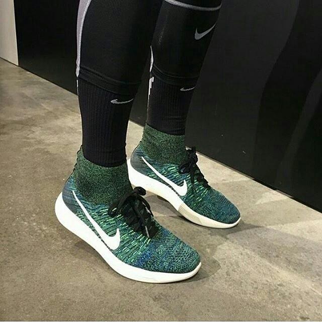 365e81d09c96 ... czech sepatu nike lunarepic flyknit high green premium original 58d13  af19e