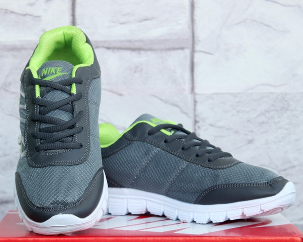f68cc2d27f89 Jual Sepatu Running Nike Free Run 8.0 Abu Hijau (jogging