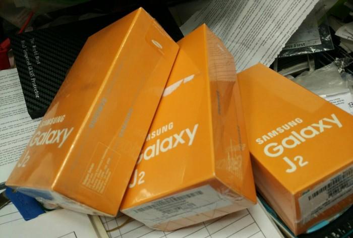 Samsung Galaxy J2 Ready Warna Gold Garansi Resmi Sein