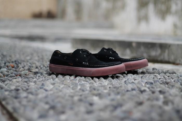 harga Sepatu pria d-island shoes casual zappato england suede black Tokopedia.com