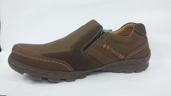 harga Ori 100% sepatu kulit casual gats  to2206  brown Tokopedia.com