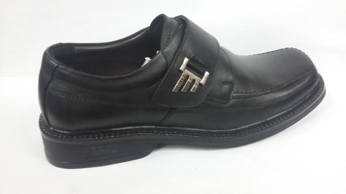 harga Sepatu kerja / pesta kulit gats 100% ori  rf8001  black Tokopedia.com