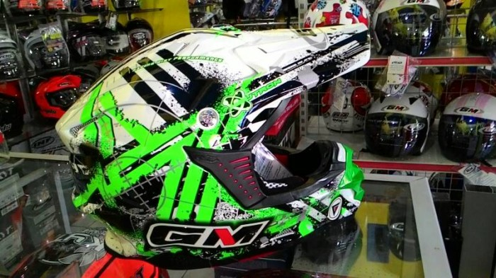 harga Helm gm supercross supermoto full cross black white green neutron Tokopedia.com