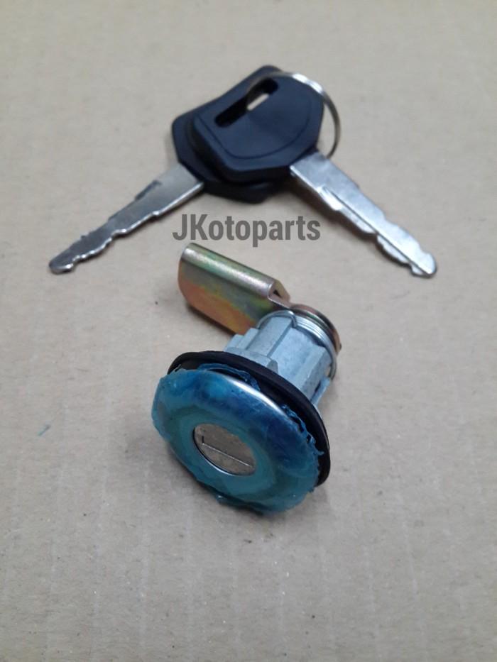 harga Door key tutup tangki bensin kijang super / grand Tokopedia.com