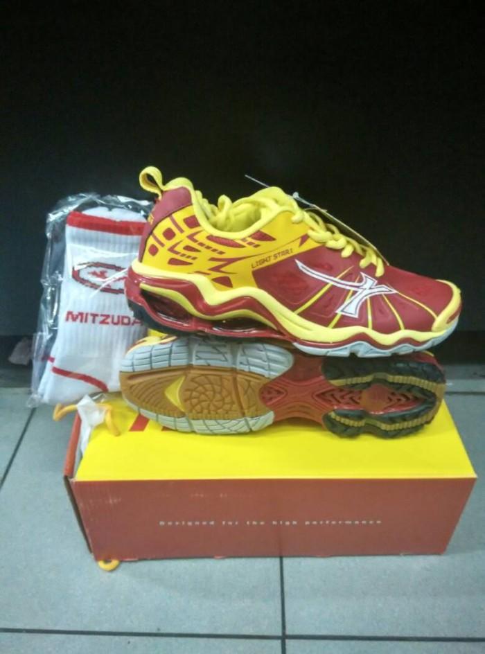 Jual Sepatu Volley   Voli Mitzuda Light Star I ! 100% ori FRESS KAOS ... f6566985b4