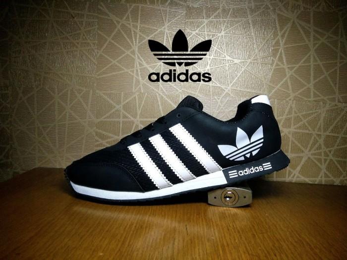 Jual sepatu sport adidas neo V Racer hitam putih   casual cowok ... a70fa12491