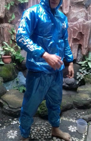 Jas Adidas | Jas Hujan Axio | Hujan Ponco | Jas Hujan Takachi | PCV
