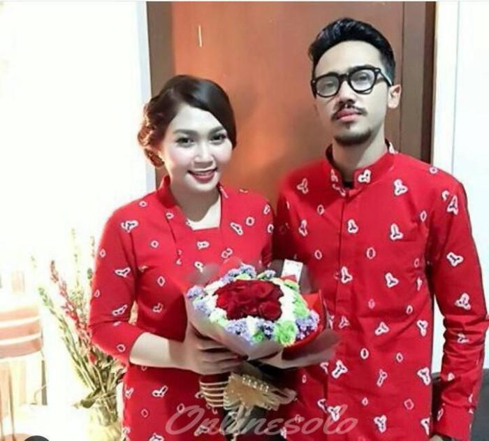 Jual Couple Kutubaru Kebaya Kemeja Jumputan Asli Tunangan Lamaran Kota Surakarta Online Solo Tokopedia