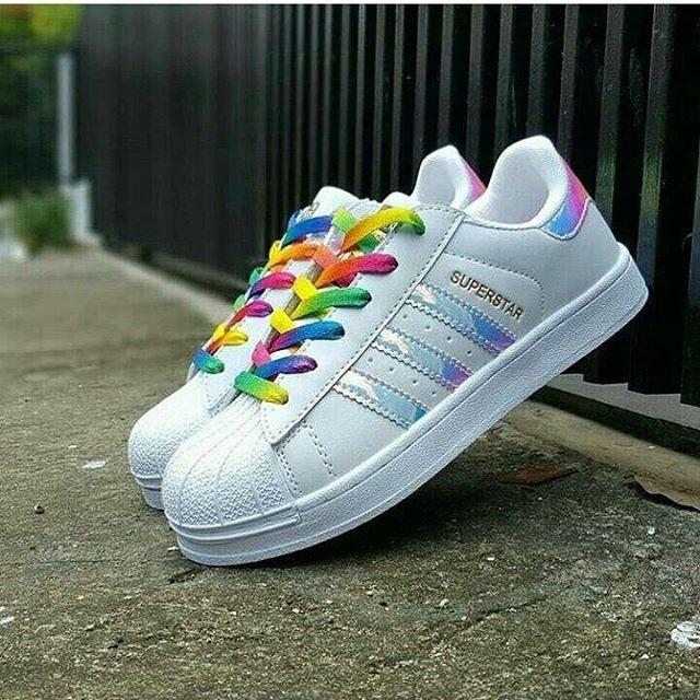 Adidas Superstar Hologram ( Sepatu adidas cewek kado unik sepatu lari 45b5a1404d