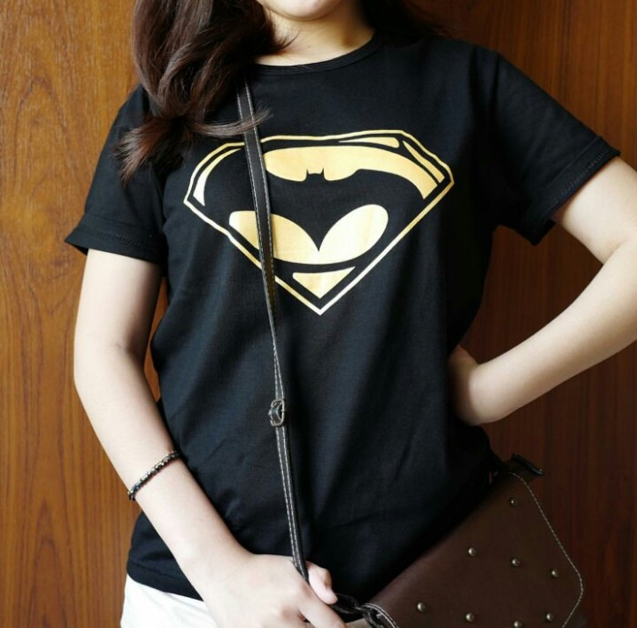 harga Tumblr tee / t-shirt / kaos wanita / batman vs superman Tokopedia.com