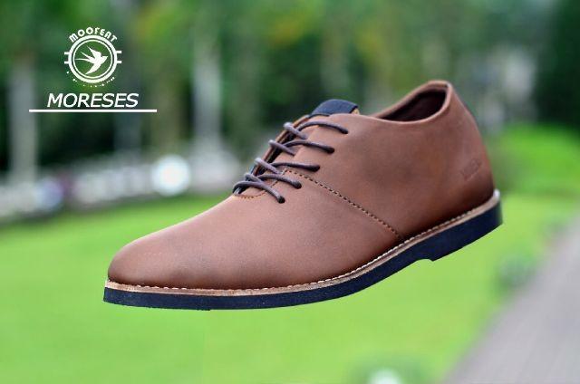 harga Sepatu pria casual moofeat original boots kulit Tokopedia.com