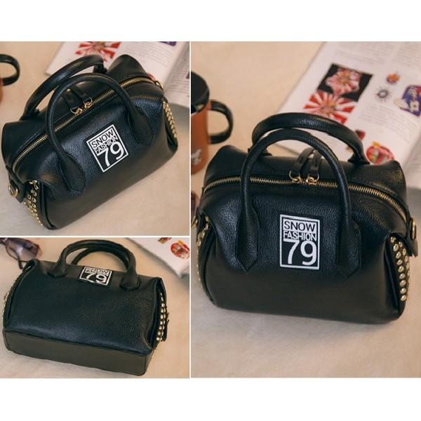 harga Tas tenteng slempang pundak wanita handbags korea hitam black import  Tokopedia.com 24b69eedc0