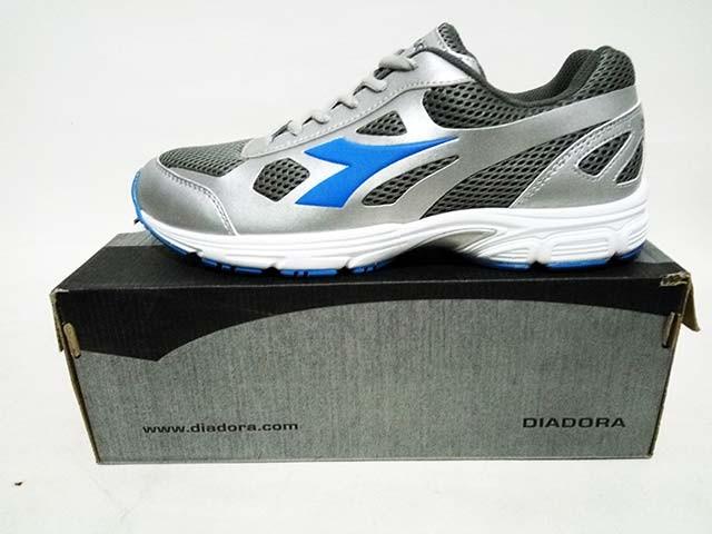 Sepatu lari running diadora viterbo mens grey original murah ... cbf3b6fd1e