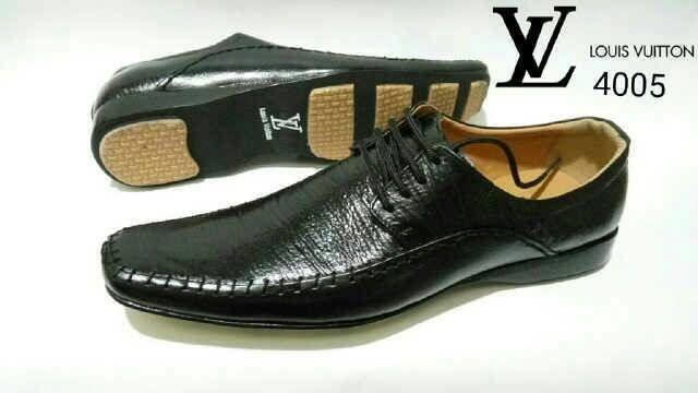 Jual promo sepatu kulit pria pantofel louis vuitton premium lv cek ... 5dba5c7d13