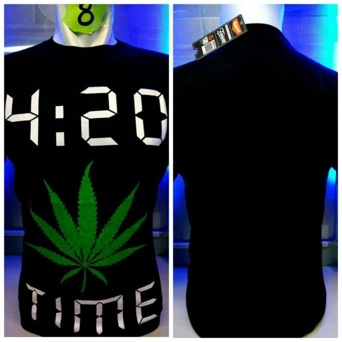 harga Kaos combed hitam 420 time baju distro shirt reggae rasta Tokopedia.com