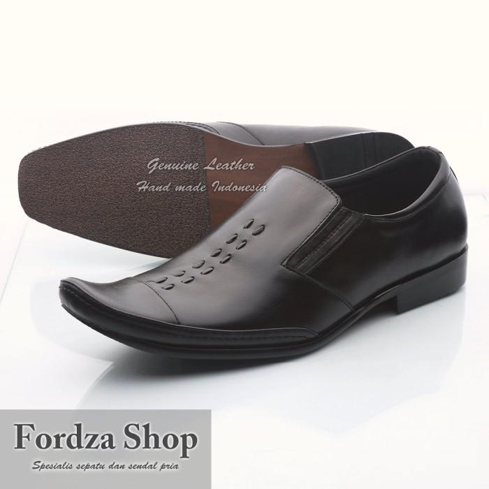 100+ Aneka Contoh Model Sepatu Pria Kantor Paling Hist