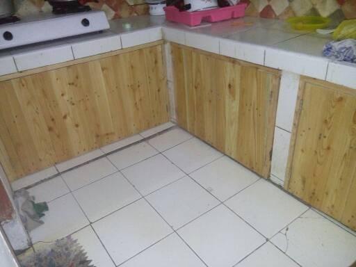 Pintu Meja Dapur Dari Kayu Pinus
