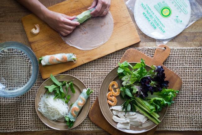 harga Morn bahn trang vietnam rice paper 16cm 100gr kulit lumpia beras Tokopedia.com