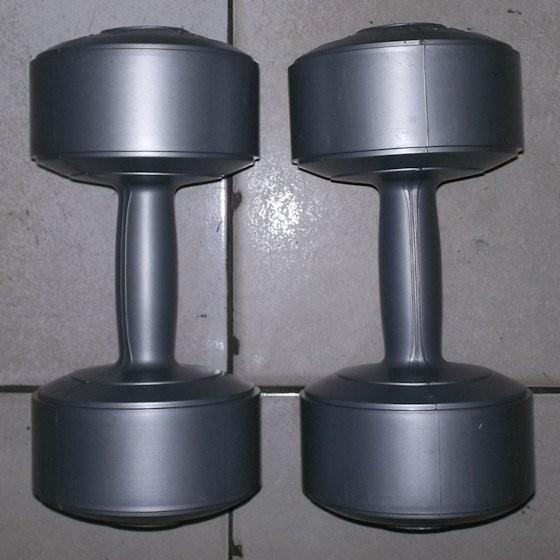 sepasang 5 kg dumble/dumbbell/dumbel/dumbell (bukan barbell/barbel)