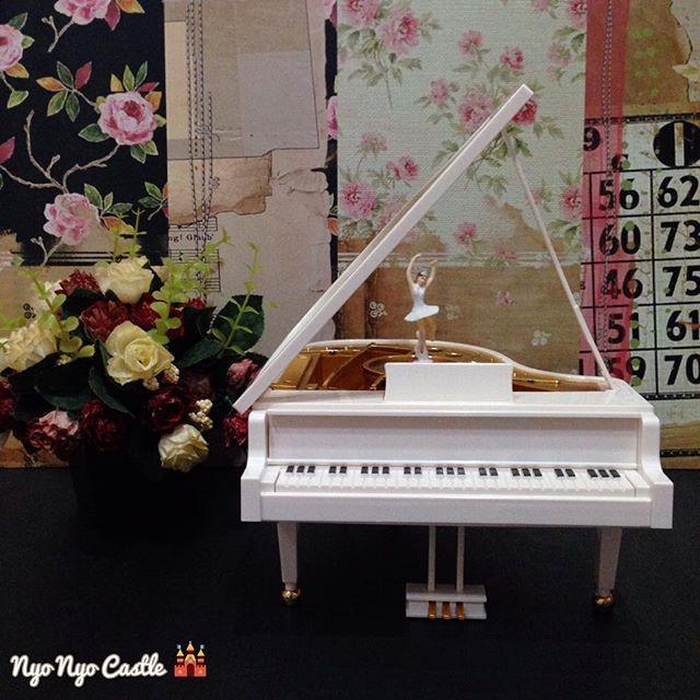 Music Box (Kotak Musik) Classic Piano Ballerina Large