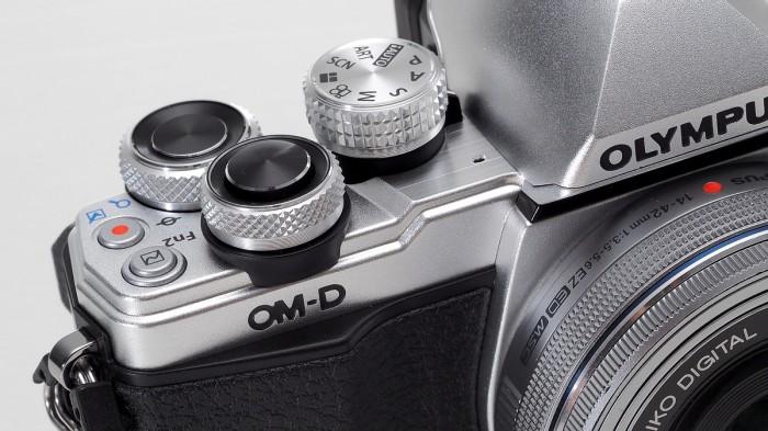 harga Olympus om-d e-m10 mark ii kit 14-42 ez Tokopedia.com