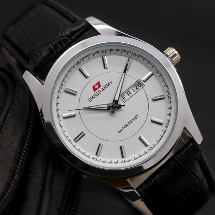 harga Jam tangan cassual pria / man sa swiss army tanggal hari aktif leather Tokopedia.