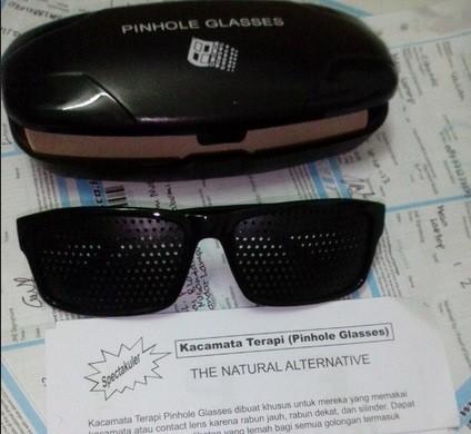 Jual Kacamata Terapi Pinhole Glasses - untuk rabun jauh b72f39dd1f