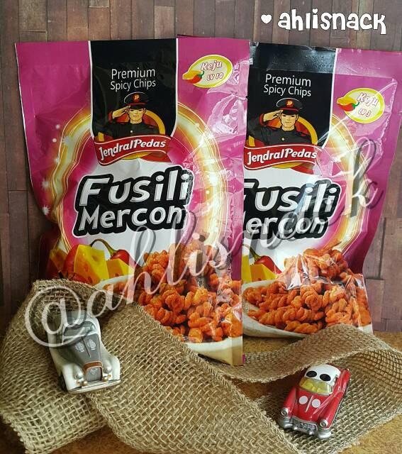 Jendral Source Premium Spicy Chips level. Source · MAKARONI FUSILI MERCON PEDAS .