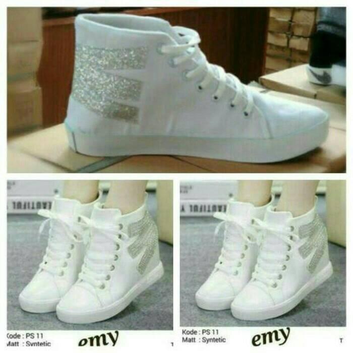 Sepatu wanita boots { sendal / sandal cewek }